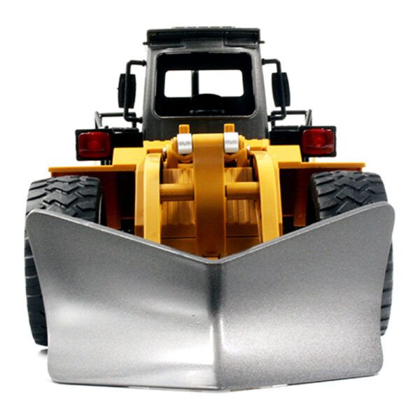 Huina 1586 Снегоуборочная машина RC