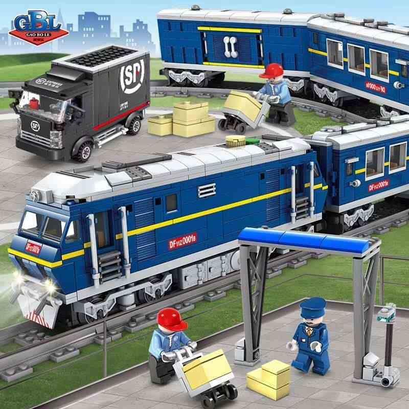 Конструктор Kazi 98220 «Пасажирський електропоїзд»
