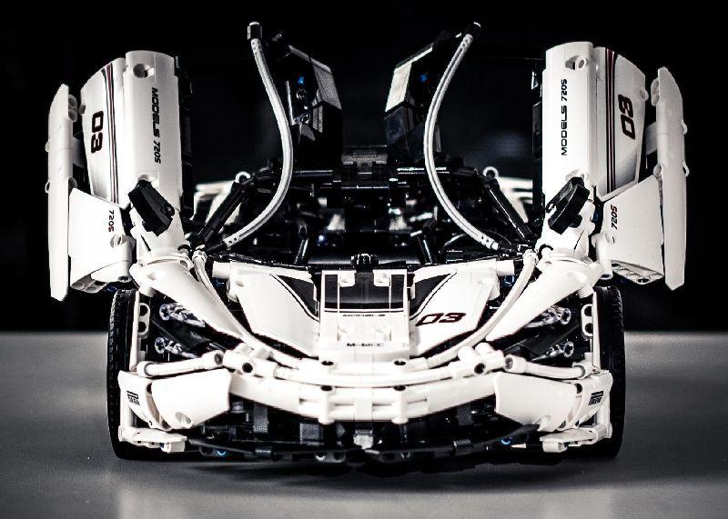 Конструктор MOULD KING 13145D «McLaren P1 720S» на радиоуправлении