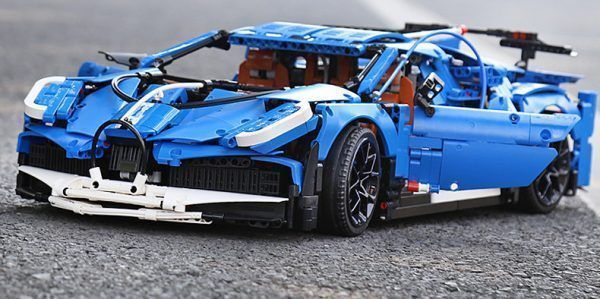 Конструктор MOULD KING  13125  «Bugatti Divo»
